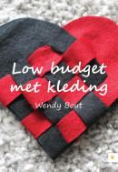 Low budget met kleding