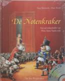 De notenkraker + CD. Inclusief CD met de muziek van het kerstballet De Notenkraker, van Peter Iljitsj Tsjaikovski. Laatste exemplaren via uitgever
